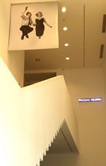 Philippe Halsman, Jeu de Paume, Paris (blafond) Tags: blackandwhite photo jump photographer photographie expo noiretblanc muse exposition staircase escalier sauter photographe halsman philippehalsman