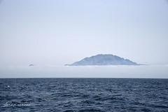 frica partida (Quico Prez-Ventana) Tags: frica bruma niebla estrecho gibraltar paisaje mar atlntico