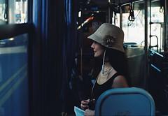 La Dama del CA1 (Javalactico) Tags: film pelicula montevideo omnibus bus street streetshot calle color proimage100 praktica supertl1000 rollo