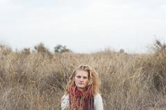 (Mishifuelgato) Tags: jo ma johana maria alicante busot fabrica ceramica matojos matas nublado cielo gris dia frio otoo nikon d90 50mm 18 rubia pelo bufanda roja