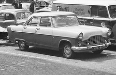XD-43-86 (kentekenman) Tags: ford zephyr sc1