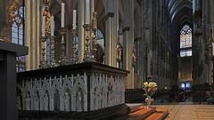 Kölner Dom (karinrogmann) Tags: hohedomkirchestpeterundmaria köln highcathedralofsaintpeter cologne cattedralemetrololitanadeisantipietroemaria colonia