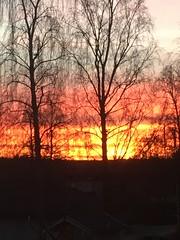Sun is raising , the sky is burning (Göran Nyholm) Tags: