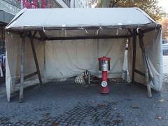 Hydor (mkorsakov) Tags: dortmund city innenstadt hansemarkt zelt tent hydrant firehydrant leer empty wtf