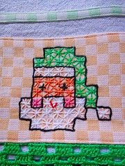 8 (AneloreSMaschke) Tags: bordado tecido xadrez artesanato papai noel handmade