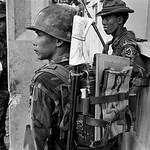 The battle for Saigon 1968 - Photo by Philip Jones Griffiths thumbnail