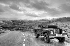 Edale Valley (Twiggy's Photography) Tags: land rover kindle scout derbyshire peak district snow hills kinder