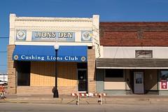 Lion's Club (Photographs By Wade) Tags: lionsclub building cushing oklahoma earthquake damage cracks bricks