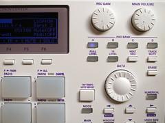 _0040810 (ghostinmpc) Tags: ghostinmpc mpc1000 akai custommpc mpc