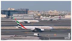 Emirates Airlines Boeing 777-21HER A6-EMI (Ni5han7) Tags: dubai uae ek unitedarabemirates dxb boeing777 emiratesairlines 2015 dubaiinternational omdb nishantrao boeingcommercialairplanes b77721her a6emi dubaispotters