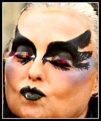 IMG_8594B BESO NEGRO. (ACCITANO) Tags: gay pride parade alicante disfraces benidorm gays lesbianas trajes levante 2015 transexuales