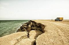 Acantilados de Dakhla. Sahara Occidental. Marruecos (serviciotecnicoceuta) Tags: ocean africa sea sahara landscape mar sand desert paisaje cliffs atlantic arena morocco desierto marruecos oceano atlantico dakhla acantilados camper4x4 saharaoccidental westsahara dajla campertruck camionvivienda ivecodaily4x4