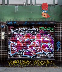 HH-Graffiti 2741 (cmdpirx) Tags: street urban color colour art public up wall graffiti nikon mural paint artist space raum kunst hamburg can spray crew hh piece farbe bombing throw dose fatcap kru ryc d7100 oeffentlicher