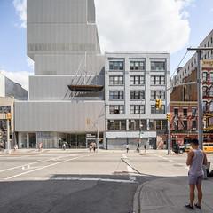 sanaa-new-museum-2015-7902.jpg (samuel t ludwig) Tags: newyork architecture sanaa newmuseum 20022007 kazuyosejimaryuenishizawa