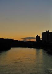 (yaelefil) Tags: nyc newyorkcity blue sky ny river sunsets bluesky orangesky ora yellowsky newyorksunset sunsetporn uptownnewyork uptownny