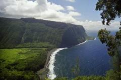 Waipio Beaches (AntyDiluvian) Tags: hawaii 2001 30thanniversary bigisland waipio valley waipiovalleylookout lookout beach beaches