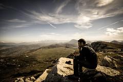 Meditazione (A Cris ... Je suis Charlie. Slowly back...) Tags: cagno appennini apennines man clouds cloudscape landscapes campofelice cefalone