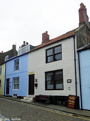 Terraced houses in Staithes (Row 17) Tags: uk unitedkingdom gb greatbritain britain england yorkshire staithes architecture homes home houses house dwellings dwelling historicsite