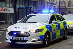 LJ16 FNR (S11 AUN) Tags: city london police colp citypolice ford mondeo estate dog section policedogs dogsupportunit dsu response van 999 emergency vehicle lj16fnr