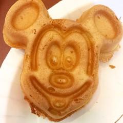 Florida 2016 (Elysia in Wonderland) Tags: disney world orlando florida holiday 2016 elysia saratoga springs hotel resort breakfast mickey mouse waffle food