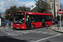 Route 195, Metroline West, DE1785, YX10BCY (Jack Marian) Tags: route195 metrolinewest alexander alexanderdennis alexanderdennisenviro200dart dennis enviro enviro200 e200 buses bus london brentfordcountycourt charvillelaneestate brentford de1785 yx10bcy