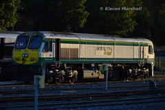 221 at Heuston, 24/9/15 (hurricanemk1c) Tags: dublin irish train gm rail railway trains 221 railways irishrail 201 generalmotors heuston 2015 emd iarnród éireann iarnródéireann