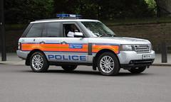 WN59KWJ / 09 Range Rover of the Met Police Special Escort Group (Ian Press Photography) Tags: colour london cars car 4x4 group police rover special 09 land vehicle service met emergency landrover range metropolitan escort services seg 999 trooping wn59kwj
