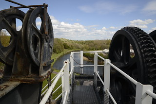 2015 04 Anderton Boat lift 02