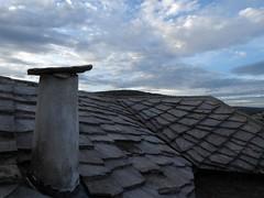 Slate roof - Počitelj, Bosnia (ashabot) Tags: bosnia stonework slate balkans bosniaherzegovina počitelj skyporn