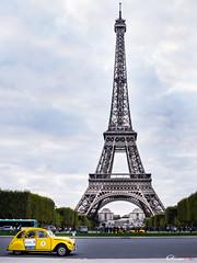 2 Cv on Paris (omar.morganti) Tags: