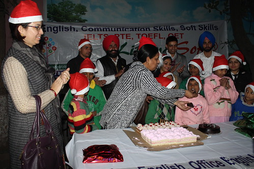 Cake Cutting ceremony by Director LinguaSoft EduTech Ms. Parwinder Kaur at Ashiana children's home