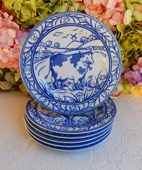"""Williams Sonoma Brittany Porcelain 7 3/4"""" Plates Farm Animals Blue White (Donna's Collectables) Tags: williams sonoma brittany porcelain plates farm animals thanksgiving christmas"""