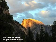 IMG_1072_Alpenglow on Half-Dome (sdttds) Tags: yosemite nationalpark california beauty beautiful cloudy dusk alpenglow alpenglhen halfdome mountains 366in2016 3263of366 pictureoftheday november192016