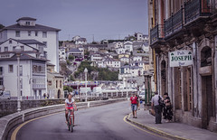 Luarca (pelpis) Tags: luarca asturias spain scene streetscene humans people peoplescene summer summertime places photo flickr