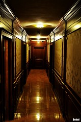 hotel floor (Behni88) Tags: hotel floor flur korytarz swiatlo licht light lumiere podloga boden ground flash swiecace sufit decke walls sciany wand holz verkleidung wood wooden drewno drewniane drzwi doors tr tren porte
