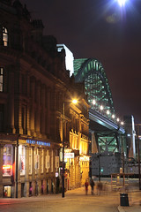 Tyne Bridge_night (NewcastleGateshead) Tags: plng07 2007 tyneside tynewear geordie uk unitedkingdom greatbritain gb british england englands english northern north northeast newcastleupontyne urban scene scenes town towns city cities skyline skylines cityscape cityscapes building buildings architecture view views exterior exteriors outside evening evenings night nights nightime lightlightshighlightsilluminationilluminationsillumina structures manmade bridge bridges road roads travel transport transportation traffic attraction attractions outdoor outdoors landmark landmarks national international connection crossing span spanning ship boat moored anchored street englands