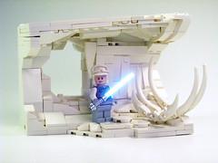 Hoth Cave (Drazard .) Tags: hoth lego star wars starwars lukeskywalker luke snowbuild snow skeleton ice eurobricks kbai