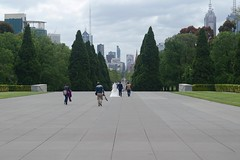 Wedding photographs, Melbourne (bourdieu_boy) Tags: wedding chinese melbourne photography dress photographer cenotaph city trees