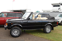 Silverstone Classic 2015 - Range Rover (Si 558) Tags: classic sport festival 4x4 rover racing historic silverstone land motor suv landrover range rangerover motorsport 2015 silverstoneclassic silverstoneclassic2015