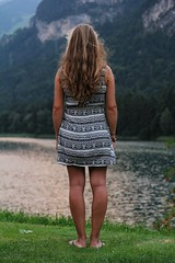 A view on the lake (BvBaaren) Tags: white lake black girl canon austria is dress bokeh outdoor blond usm lakeview portret osterreich f28 beautifull 1755 efs1755mm
