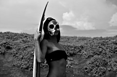 Under The Black Sun (Edson-Garcia) Tags: blackandwhite beach skull model surf playa bikini catrina surfspot modelaje sesin surfa horrormotiontheatre