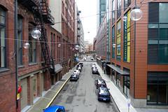 Post Alley, Seattle (Blinking Charlie) Tags: seattle usa vanishingpoint downtown washingtonstate postalley urbanlandscape 2015 marionstreet blinkingcharlie sonydscrx100m3