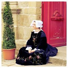 Bretonne en costume (mibric) Tags: street woman france costume brittany femme bretagne rue bretonne
