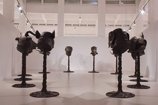 Ai Wei Wei-Circle of AnimalsZodiac Heads-Vista de la instalacion-Cortesia de Cac Malaga.