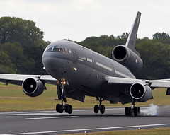 KDC-10 (Bernie Condon) Tags: uk dutch tattoo plane flying md display aircraft aviation military airshow tanker airliner airfield ffd fairford dc10 riat kdc10 rnlaf raffairford airtattoo riat15