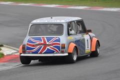 MINI Se7en Racing - R3 (17) Rupert Deeth (Collierhousehold_Motorsport) Tags: mini minicooper barc snetterton minimiglia mini7 minise7en snetterton300 minise7enracing