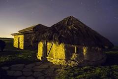 La campa torres. Asturias (j.cobiella) Tags: stars asturias nocturna gijon choza