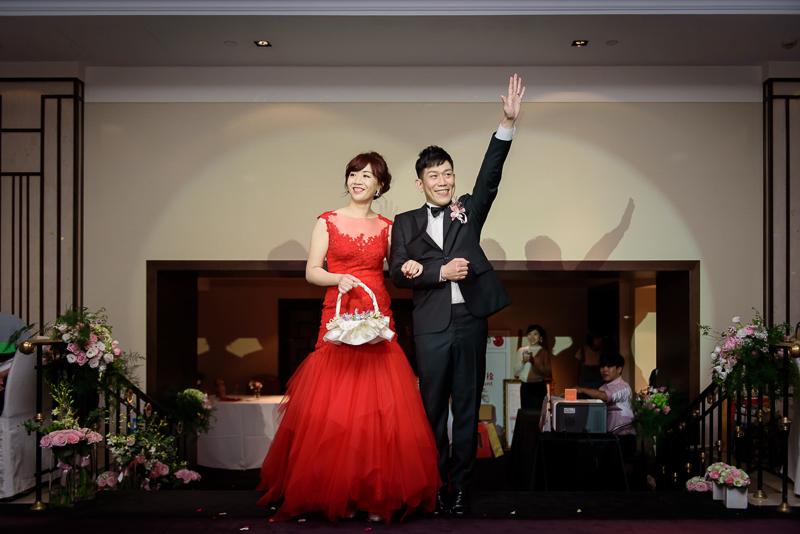 國賓婚攝,台北國賓,國賓飯店婚宴,新秘Miko ,婚攝小勇,台北婚攝, 愛瑞思新娘秘書造型團隊,西敏英國手工婚紗,小寶工作室-058