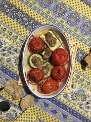 P20161013_193523110_0461322C-F183-4473-B0E2-DC514091C075 (ji0405hye) Tags: france cotidien food repas dish fish tomato tomate dejeuner campagne village daily loches 프랑스 음식 점심 식사 요리 토마토 생선 오븐요리 일상 로슈 시골 마을