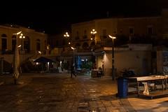 Pescivendolo, Gallipoli (Peder Sterll) Tags: italia italiy puglia gallipoli nikon d7100 pescivendolo fish market centro storico outdoor nikkor 24mm f14 street light